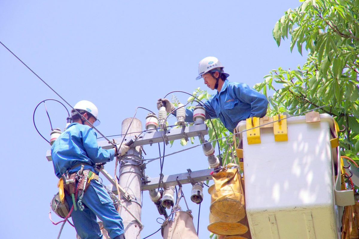 〇〇〇のしごと塾インタビュー(3) 上庄電気工事㈱ 前田寛さん